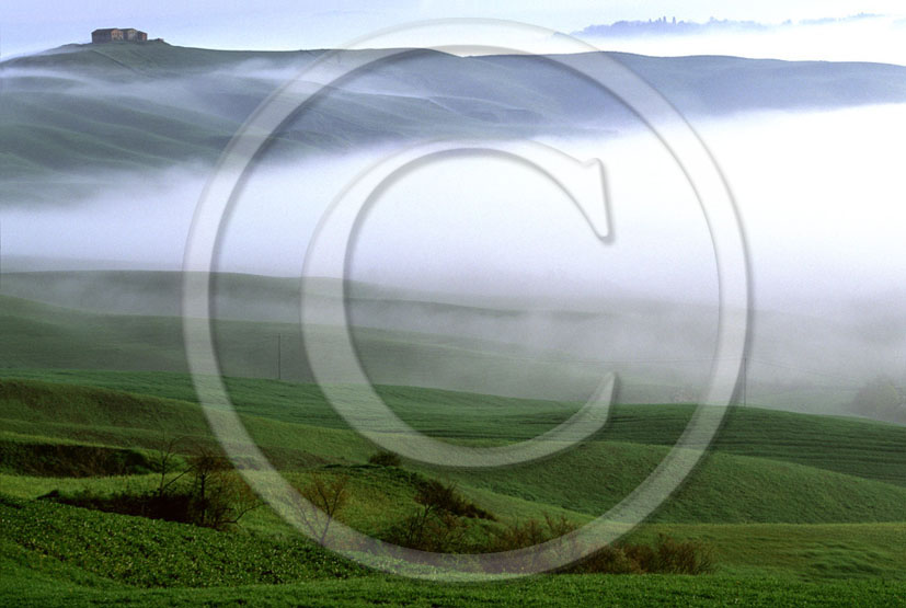 2002 - Landscapes of farm and fog on sunrise in spring, Mucigliani place, near Taverne village, Crete Senesi land, 8 miles south province of Siena.