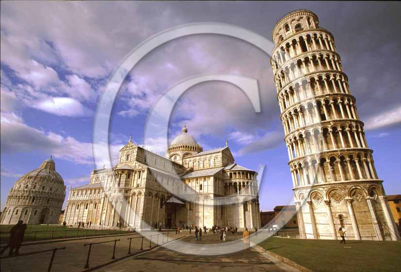 1999 - View of the leaning tower, cathedral and baptistry in