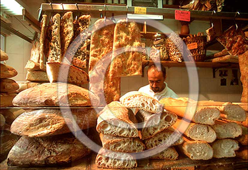1999 - Traditional tuscan bakery.