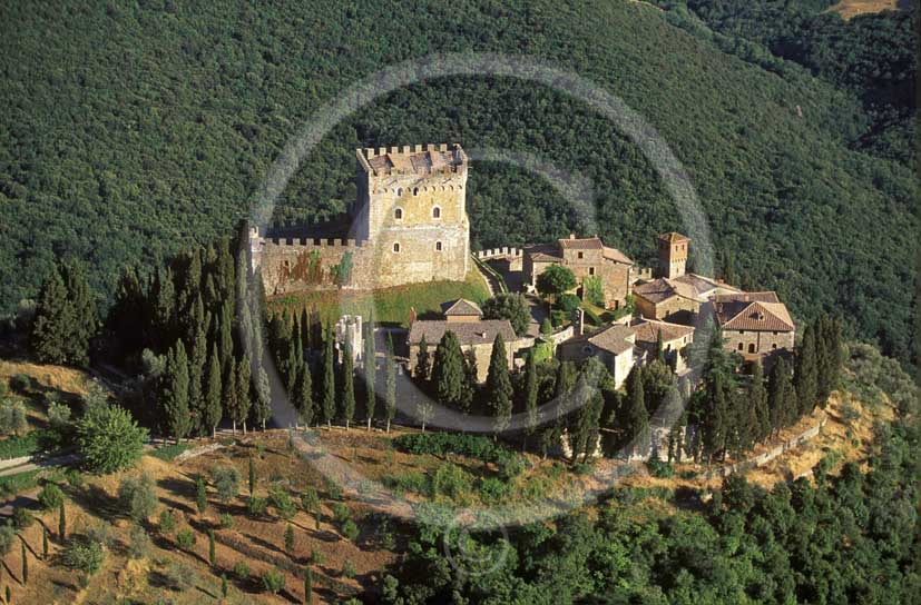 2000 - Aerial view of the Castle of