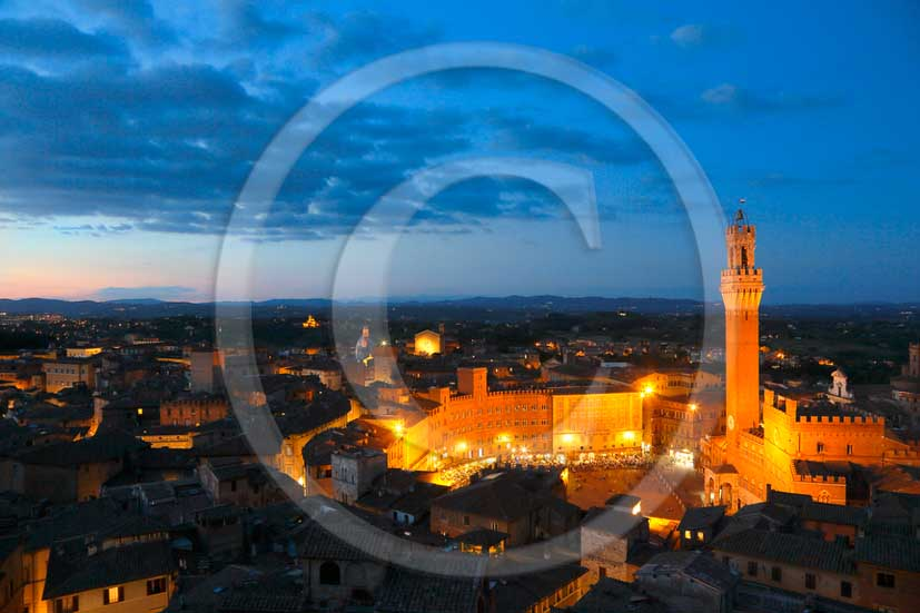 2013 - Night view of Siena town and the main square Il Campo.