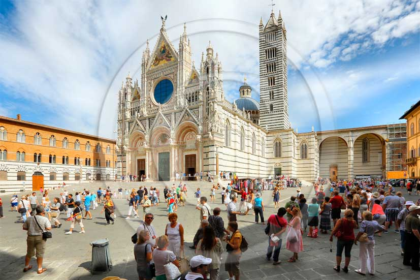 2013 - View of Siena town and its Cathedral.