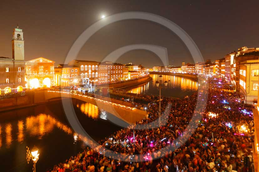 2013 - Night view of the main streets and Arno river of the city of Pisa town during the Saint Ranieri patron day.