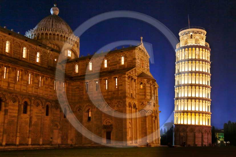 2013 - Night view of the cathedral and leaning tower of Pisa town during the Saint Ranieri patron day.