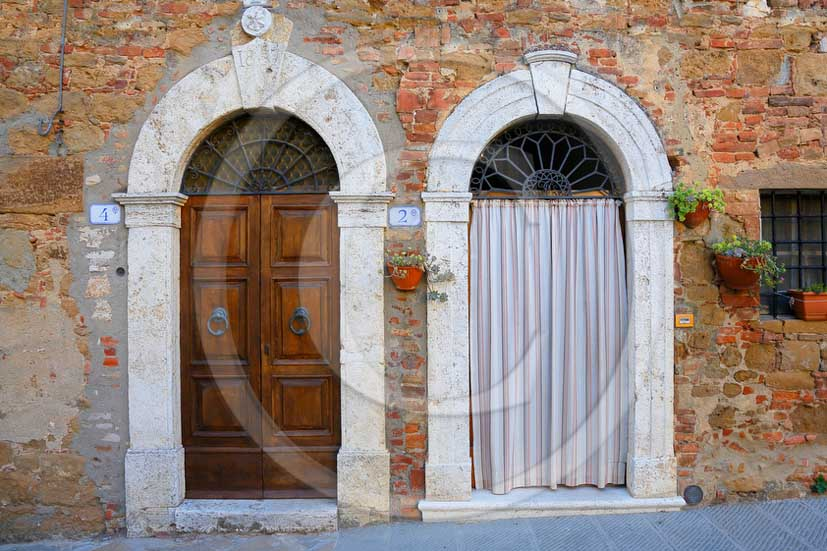 2013 - Traditional tuscan doors