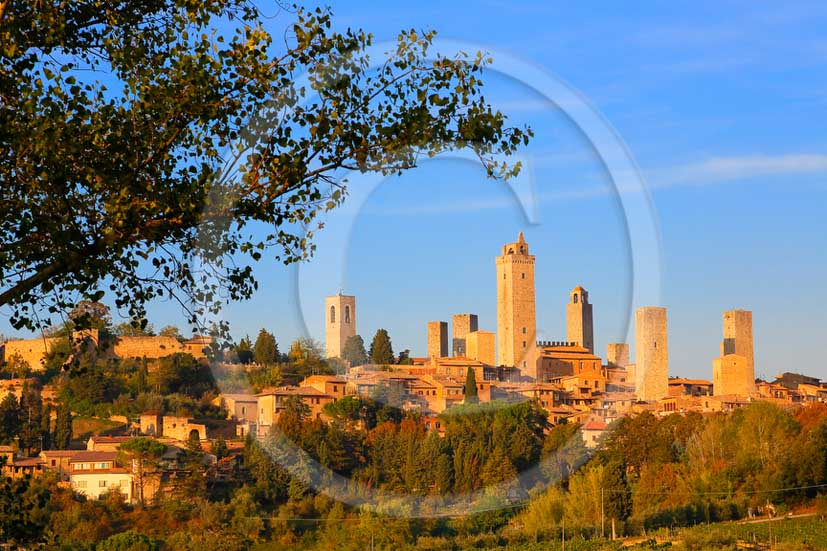 2013 - View on early morning of San Gimignano village and its towers in Chianti Classico land..