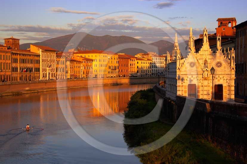 2008 - View of Pisa town with Arno river and