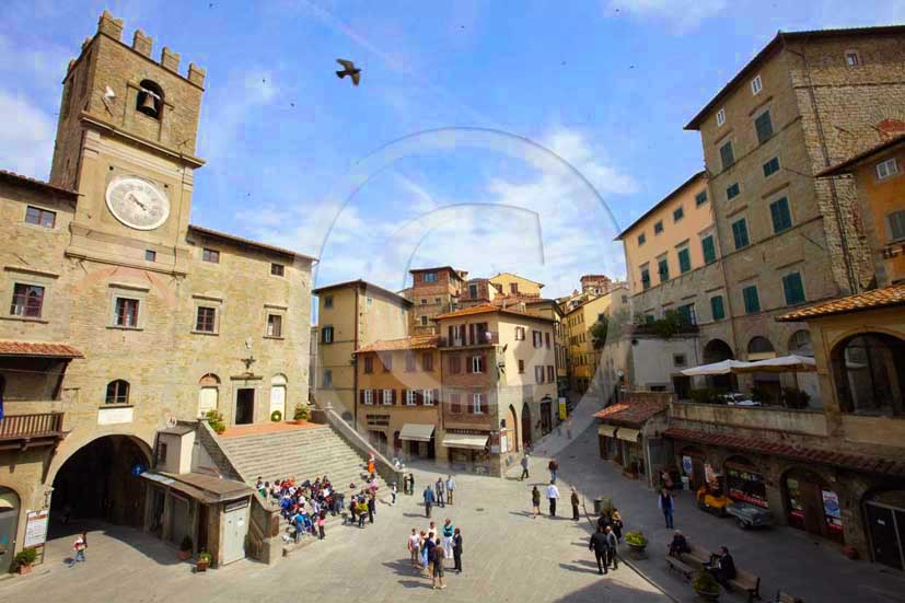 2009 - A view of the main square of Cortona medieval village with the Council Palace on background, Val di Chiana valley, 21 miles east Arezzo province.