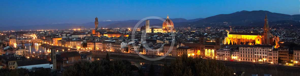 2009 - Panoramic night view of Florence town with the Arno river, the