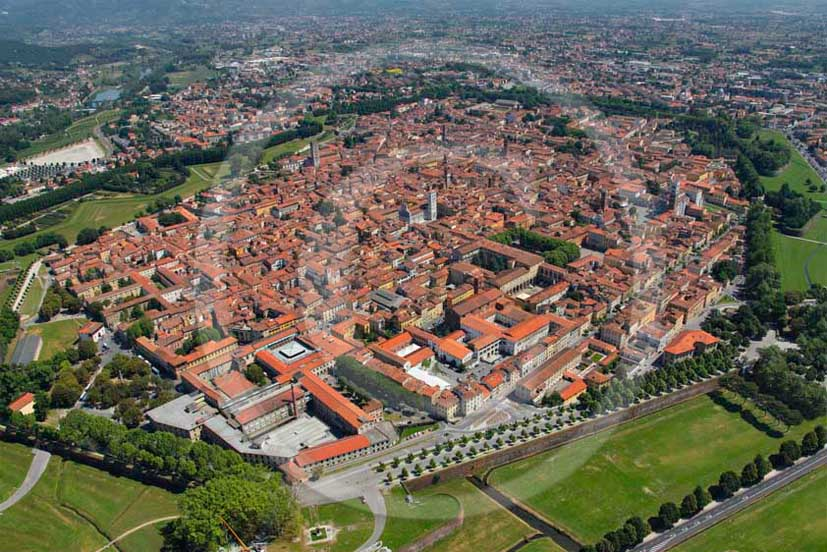 2011 - Aerial view of the medieval walls of the town of Lucca.