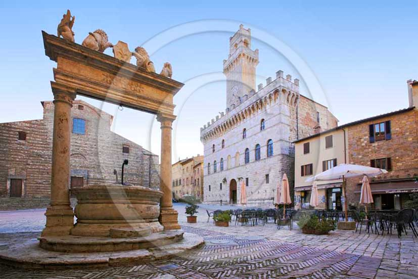 2011 - View of the main square and the Council of Montepulciano medieval village in Valdichiana valley.